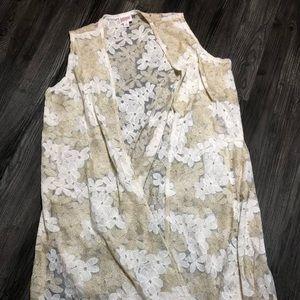 Medium Lularoe lace Joy gently worn.